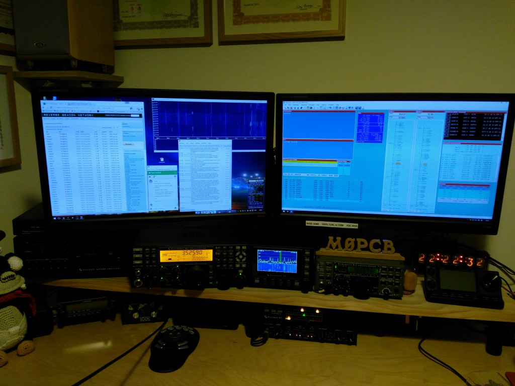 The SO2R station at M0PCB, Elecraft K3 as main rig with ELecraft K2 as 2nd radio.